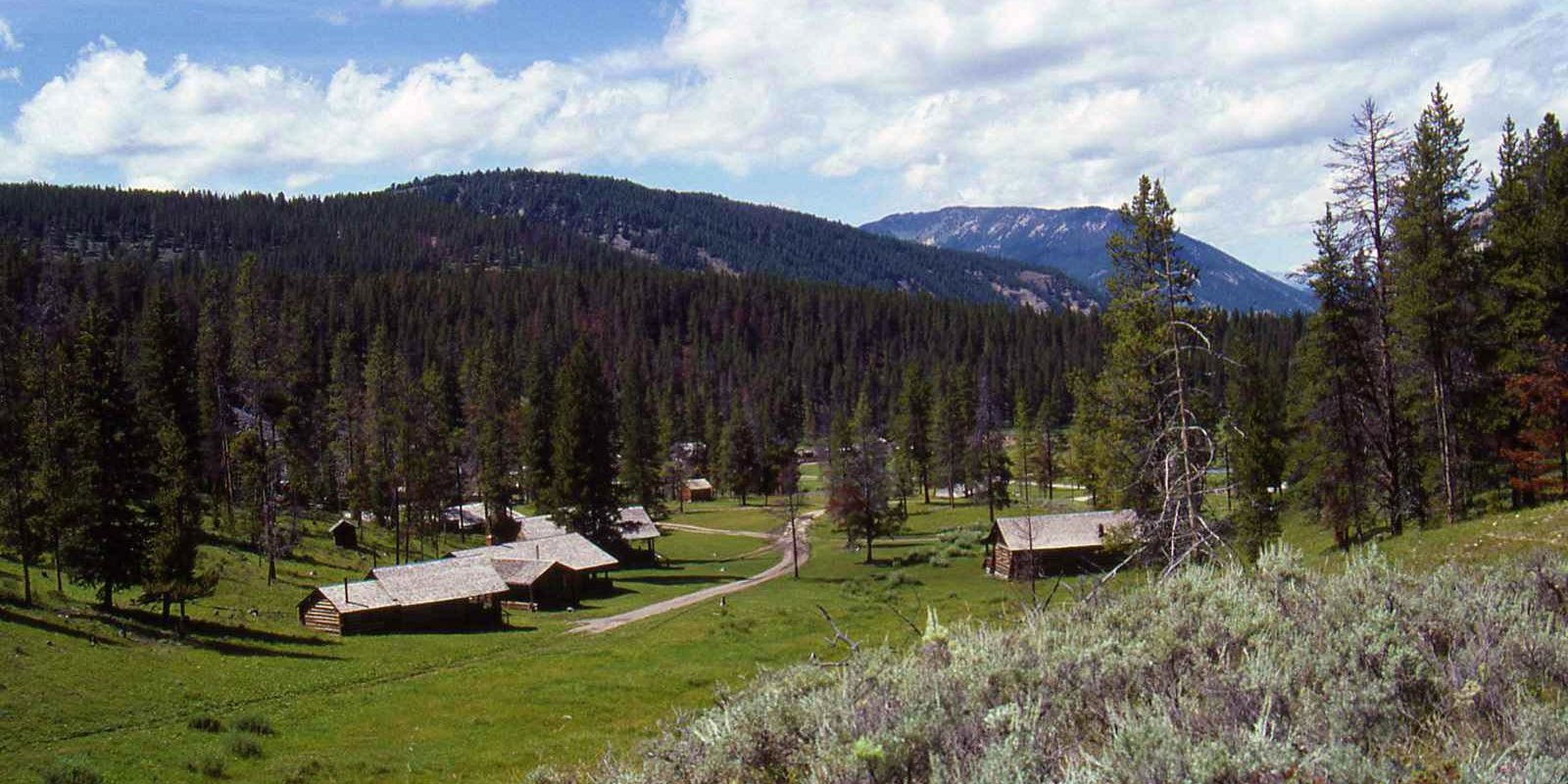 history-montana-ddude-ranch-header